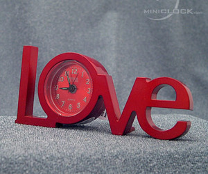 its-love-time-m